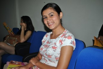 Nirley Santos, estudante