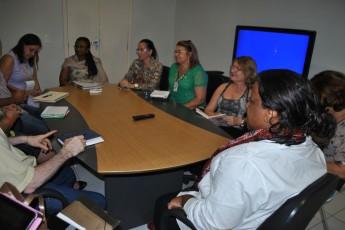 Macaé Evaristo com secretários de Educação do Maciço (3)