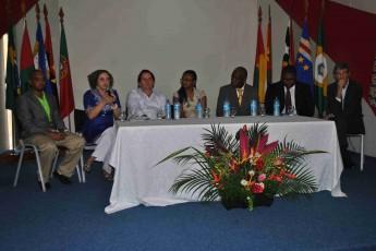 Coordenadora da ECOSS e pró-reitora de Graduação da Unilab, Jacqueline Freire.