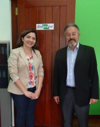 Embrapa - Dr. José Luiz Bellini Leite (Embrapa Moçambique) e Maria Socorro Moura Rufino (Proinst)
