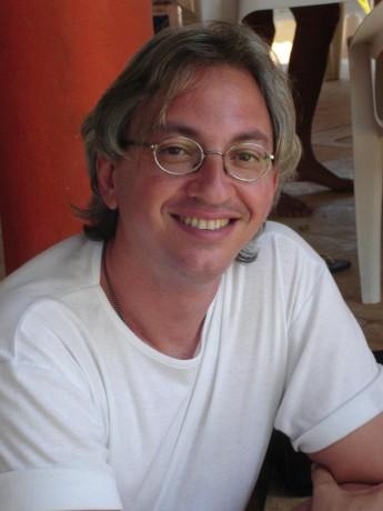 Raimundo Netto, escritor.