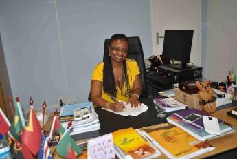 Reitora Nilma Gomes assinou edital referente a abertura de vagas para o Mestrado Acadêmico.