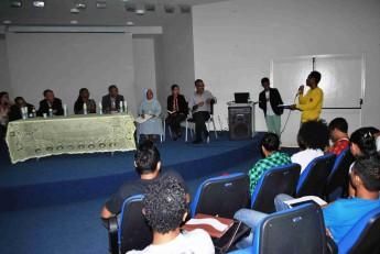 Estudantes conversam com equipe da Unilab e da Comitiva do Timor-Leste.