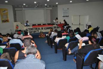 Leitura do Regimento da Conferência Territorial de Economia Solidária.