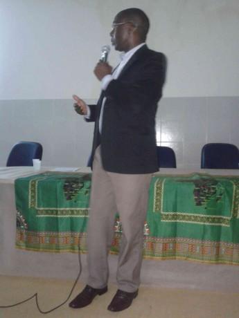 Reitor da da Universidade Zambeze, de Moçambique, Nobre Roque dos Santos.
