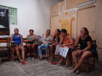 Oficina com o grupo de mulheres do Cras de Redenção.