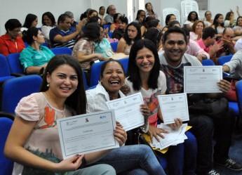 Concludentes dos municípios envolvidos receberam sua certificação na cerimônia