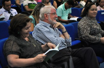 Fátima Portela e Jacques Terrien estiveram entre os pesquisadores envolvidos no projeto