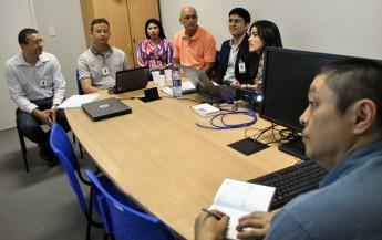Equipe da Unilab se reúne com avaliadores do curso de Engenharia de Energias.