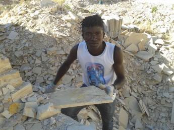 Estudantes da Unilab buscam por fósseis