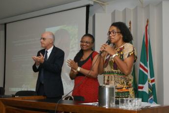 Coordenadora da CAF, Luciene Dias, fala sobre a importância da promoção de ações de inclusão na universidade.