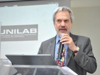 Secretário de Educação Superior (MEC/SESu) e primeiro reitor pro tempore da Unilab, prof. Paulo Speller
