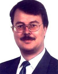 Prof. Dr. Axel Pelster, da Universidade Técnica de Kaiserslautern, da Alemanha.