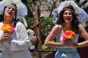 """No Seminário, terá a presença do Grupo Oigalê (Foto do espetáculo """"O baile dos anastacio). Crédito: Vera Parenza."""