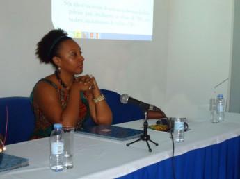 A palestrante Talina Ben'Holiel P. Silva. (Crédito:Expresso das Ilhas)