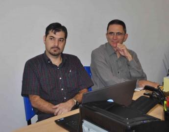 A Comissão de Avaliação é formada pelos professores Flávio Roberto Gouvea e José Eduardo Castilho.