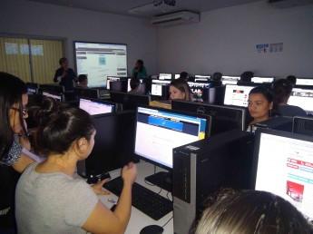 As aulas ocorreram no laboratório de informática da Unilab.