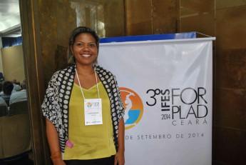 Pró-reitora de Administração, Laura Santos.