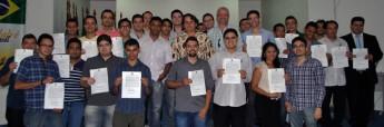 Servidores em Tecnologia da Informação, com o vice-reitor, prof. Fernando Afonso