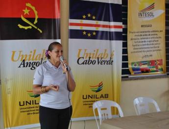 Coordenadora da Intesol, Clébia Mardônia Freitas Silva.