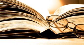 livro-e-oculos2