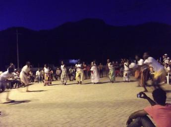 Apresentação da dança africana Manjaca