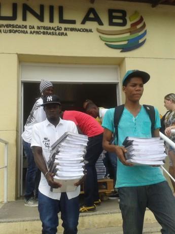 Campanha arrecadou 1.394 livros para a comunidade