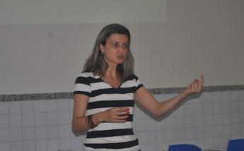 Professora do Instituto de Desenvolvimento Rural (IDR), Daniela Queiroz Zuliani.