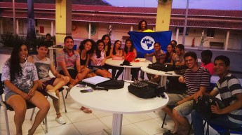 Estudantes da Unilab organizam caravana para a Bienal da UNE.