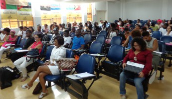 Público presente no seminário