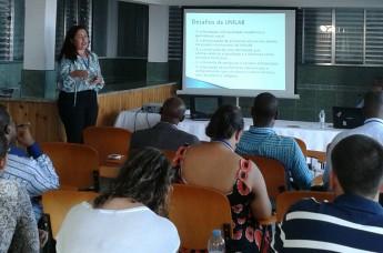Apresentação de trabalhos no encontro da AULP