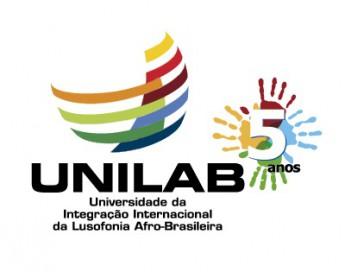 LOGO_Unilab 5 anos_vertical