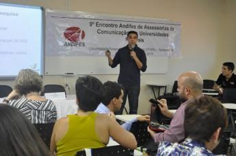 Apresentação sobre comunicação institucional da Unilab (Foto: Luena Barros - Ascom/Ufopa)