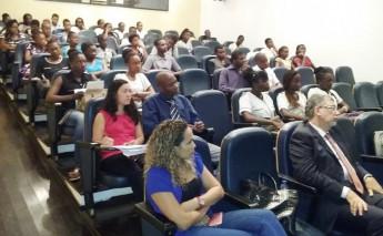 Em São Tomé e Príncipe público participa de palestra sobre a Unilab.