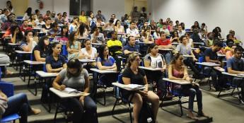 Estudantes do ICS recebem capacitação.