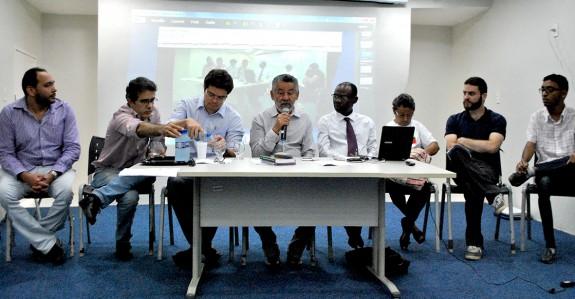 Composição da mesa redonda na primeira audiência pública para a reformulação do Estatuto da Unilab.