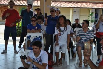 Estudantes participam do Ato em defesa da Unilab e da democracia.
