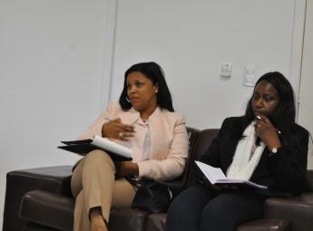 À esquerda: Secretária de Estado da Cooperação Internacional e das Comunidades de Guiné-Bissau, Suzi Barbosa.