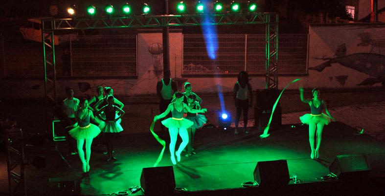 Apresentação de ballet – organização Cesarina Chagas de Freitas. Foto: Assecom/Unilab.