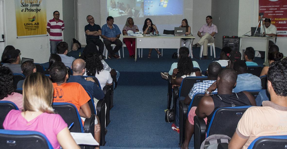 Audiência pública apresentou como será transição de regime acadêmico. Foto: Assecom/Unilab.