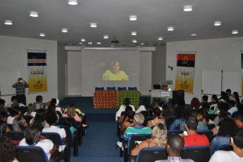Público presente na abertura do curso.