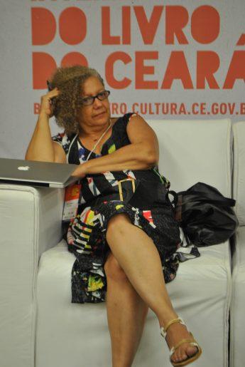 A professora e pesquisadora Rita Chaves é um nome obrigatório para todos aqueles que se interessam por literatura angolana e moçambicana
