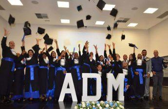 Turma de formando em Administração Pública em Educação a Distância.