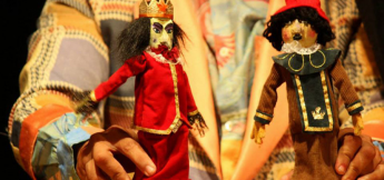 Peça Infantil Rainha de Nada, da Companhia de Teatro Epidemia de Bonecos.