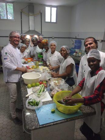 Oficina de Culinária Africana aconteceu no Laboratório de Processamento de Alimentos, do Curso de Gastronomia e de Engenharia de Alimentos da UFC,