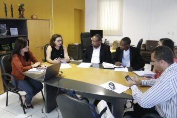 Reunião no Gabinete da Reitoria entre os representantes da Unilab e da UniZambeze.